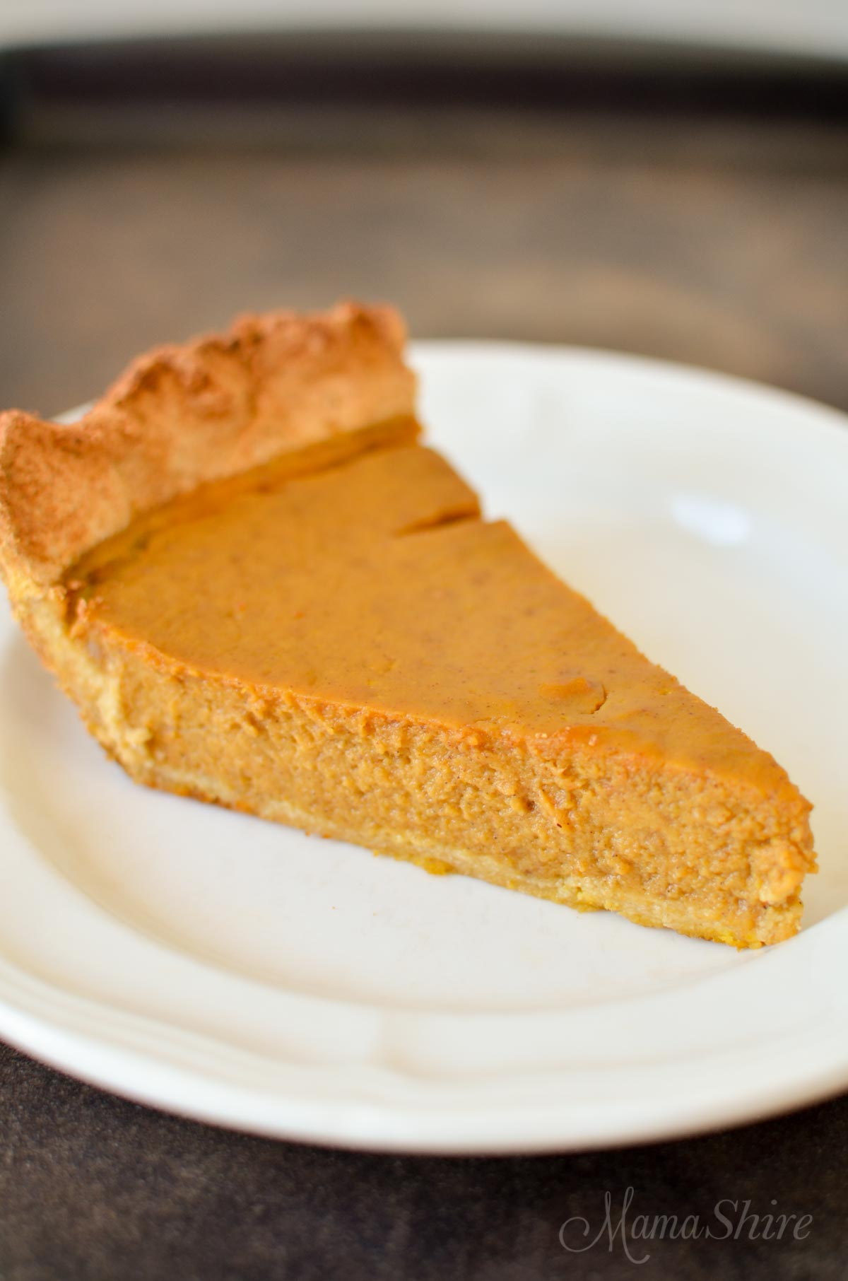 Pumpkin Pie - Gluten-Free, Dairy-Free, THM, and Sugar-Free. Delicious low-carb pumpkin pie for Thanksgiving. On plan with Trim Healthy Mama. #pumpkinpie #dairyfreepumpkinpie #thm #trimhealthymama -