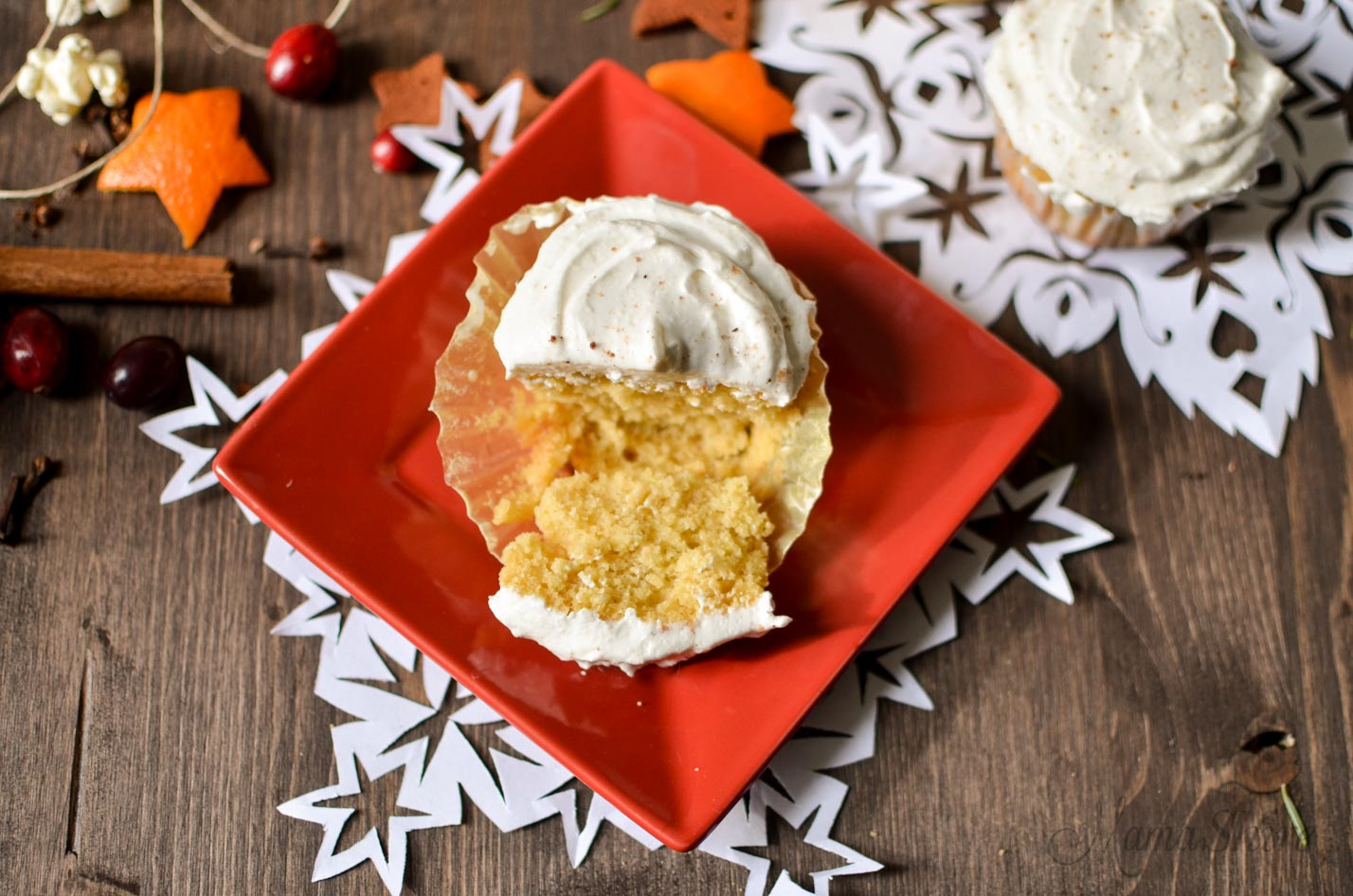 Eggnog Cupcakes - Gluten free, Dairy free, Sugar free
