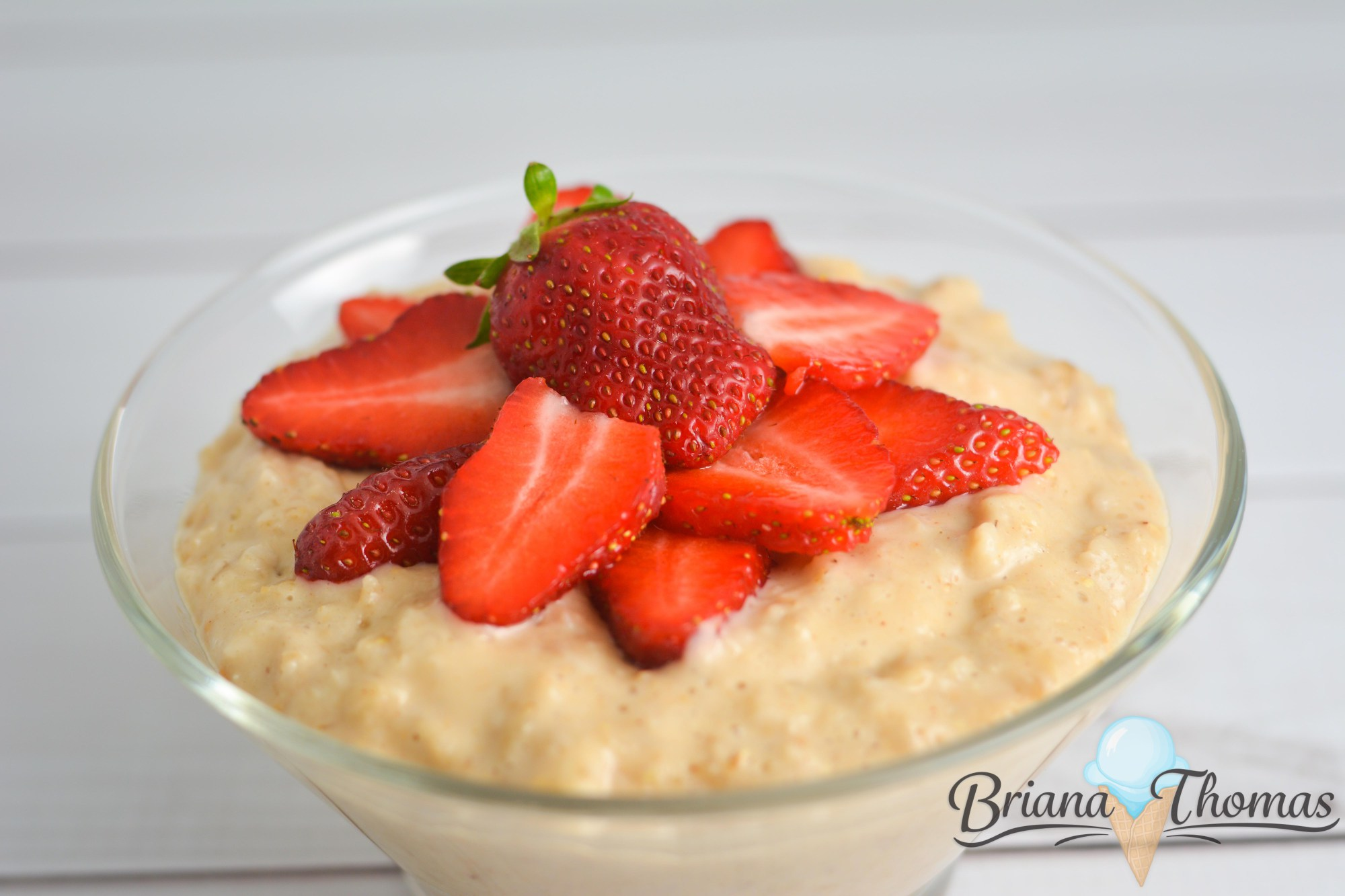 Creamy PB & J Oatmeal for One. On plan with Trim Healthy Mama E