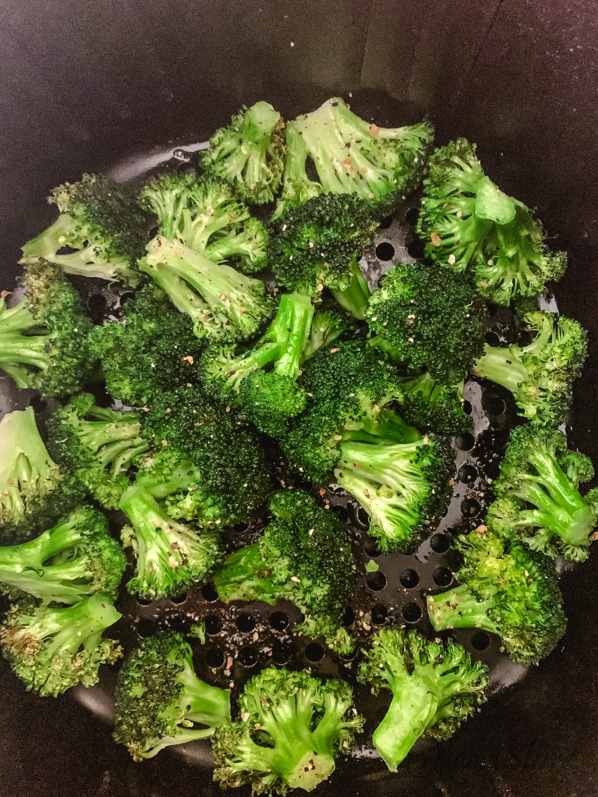 Air-fried broccoli seasoned with lemon pepper