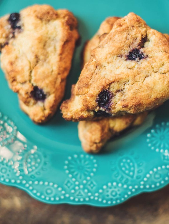 Blueberry Vanilla Scones on plan with Trim Healthy Mama