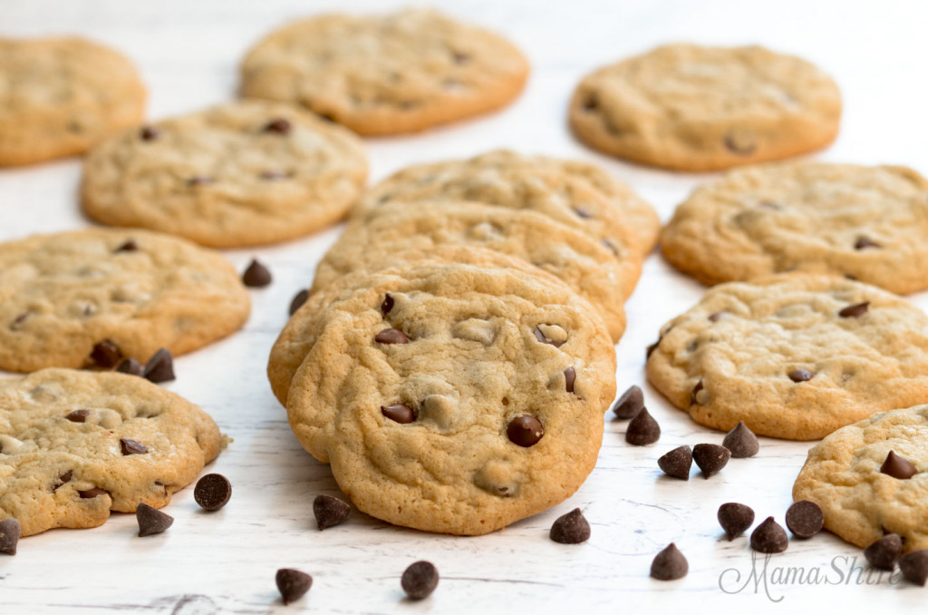 Gluten-free chocolate chip cookies with chocolate chips.