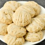 A plate of gluten-free maple brown sugar cookies.