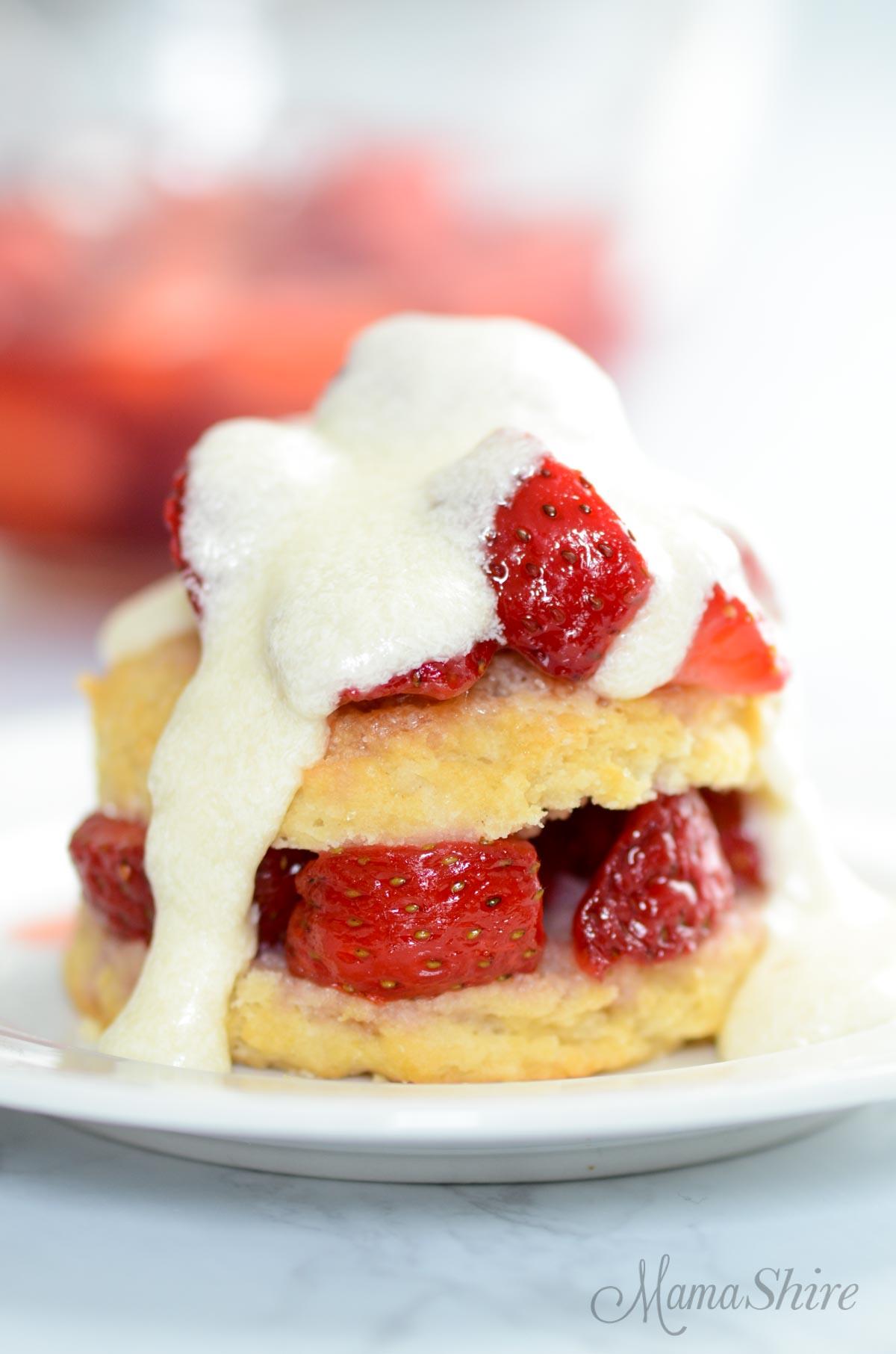 Strawberry shortcake (gluten-free & dairy-free)
