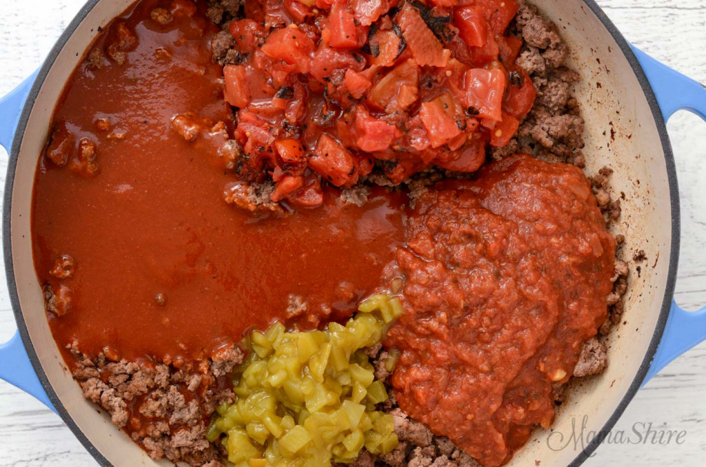 A picture showing the ingredients that are in the sauce of gluten-free skillet enchiladas.