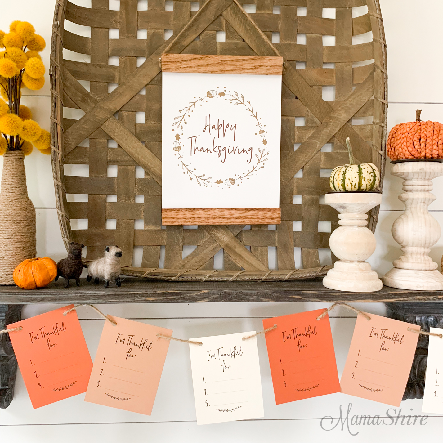 Free printables to decorate for Thanksgiving.